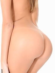 Katya Clover Adorable aaliyah love wallpaper virtual stripper hd vr babes