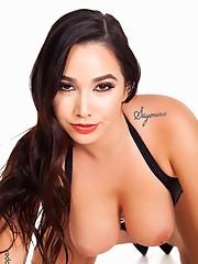 Karlee Grey Deep In Love sexy girl screensavers virtual stripper hd vr babes