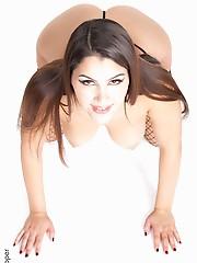 Valentina Nappi Bound & Tight desktopgirls.com virtual stripper hd vr babes
